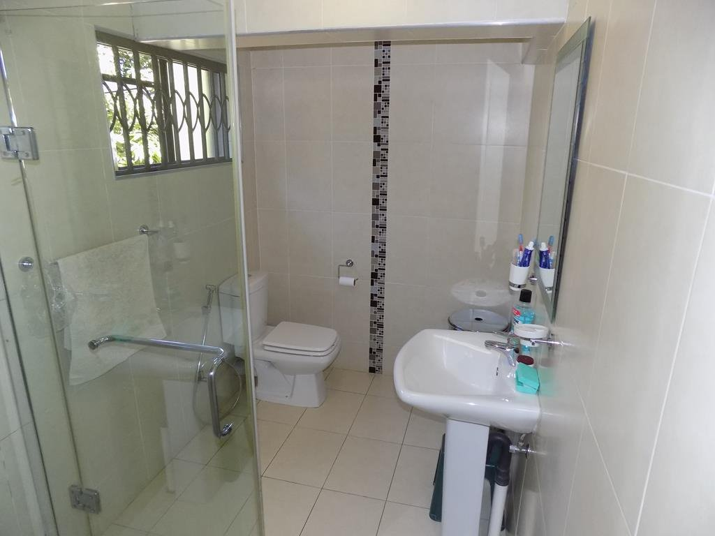 Laudium property for sale. Ref No: 13368162. Picture no 10