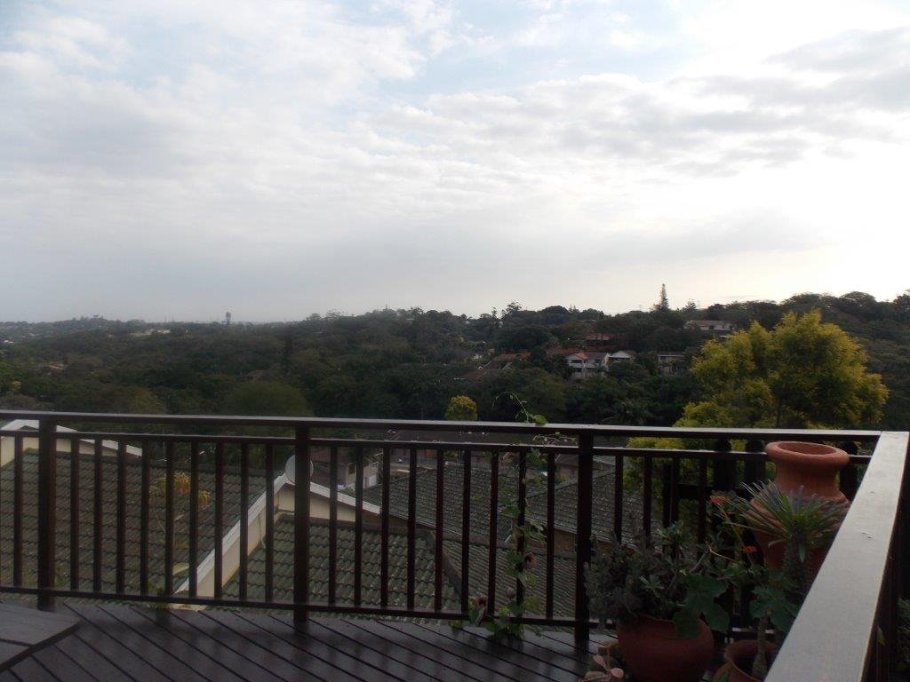Amanzimtoti property for sale. Ref No: 13372994. Picture no 27