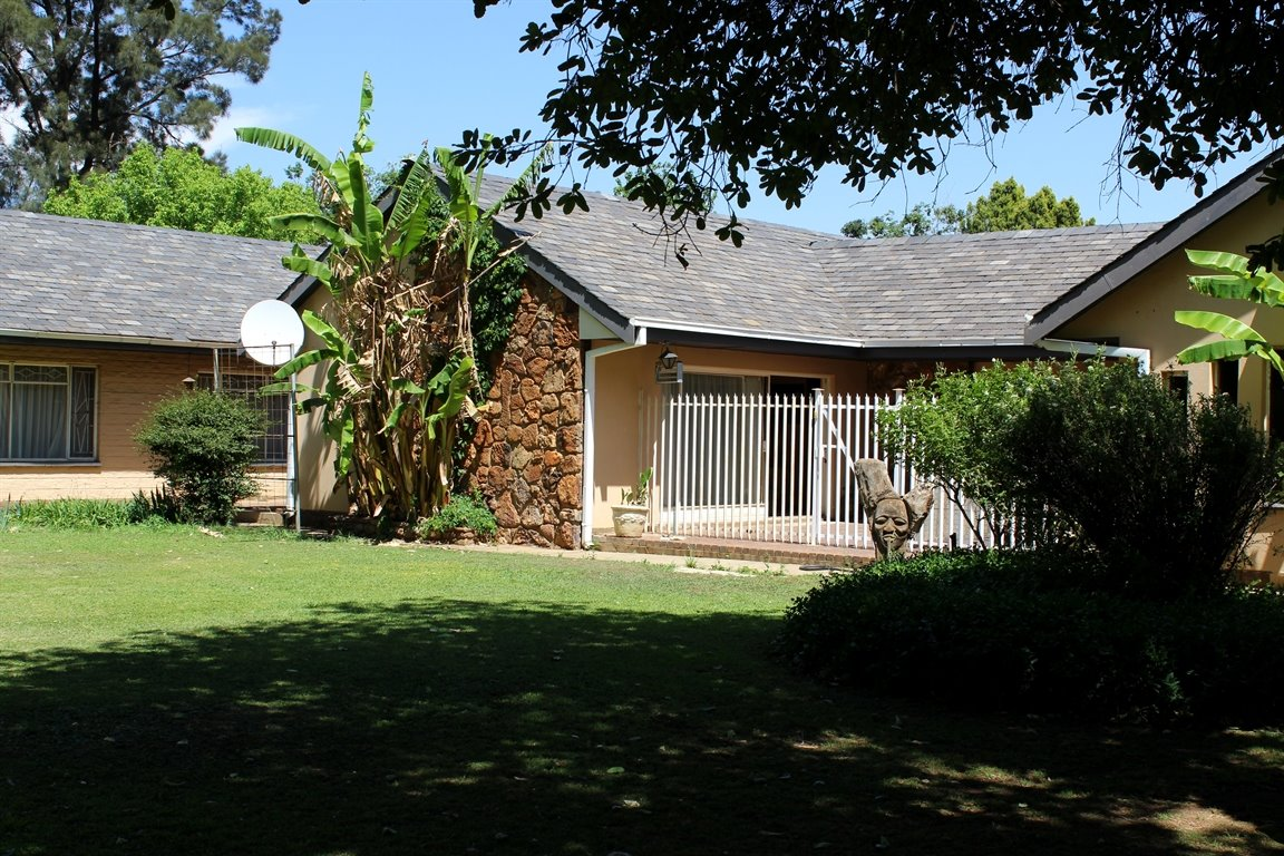 Potchefstroom property for sale. Ref No: 13398533. Picture no 1
