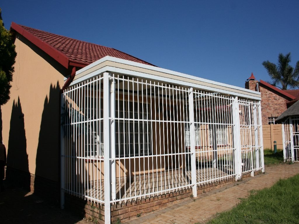Randfontein, Randpoort Property  | Houses For Sale Randpoort, Randpoort, House 3 bedrooms property for sale Price:750,000