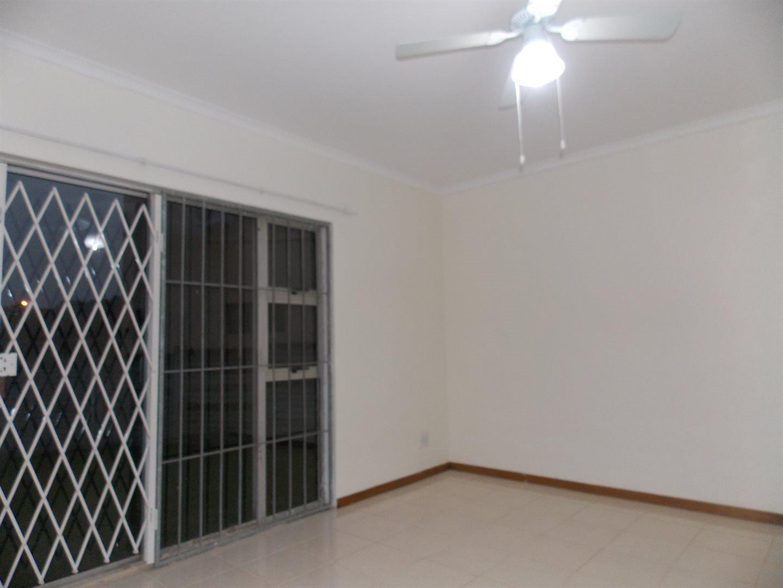 Noordsig property to rent. Ref No: 13525991. Picture no 2