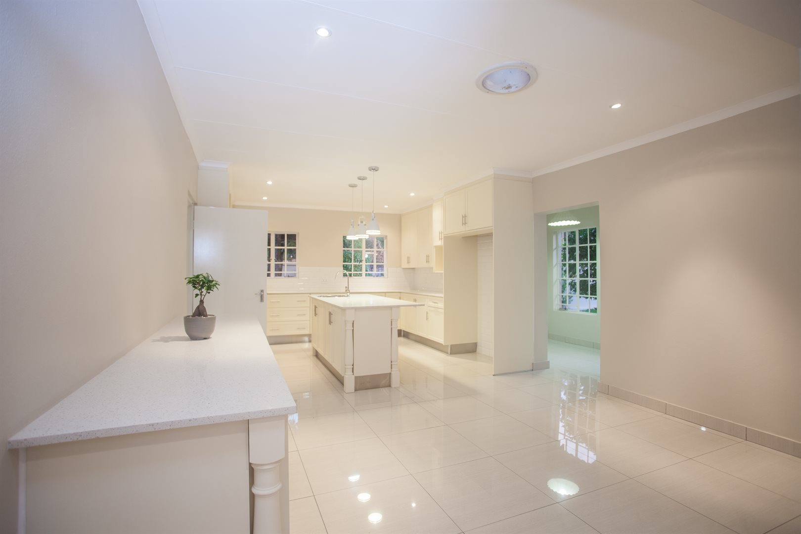 Fourways property for sale. Ref No: 13541531. Picture no 4