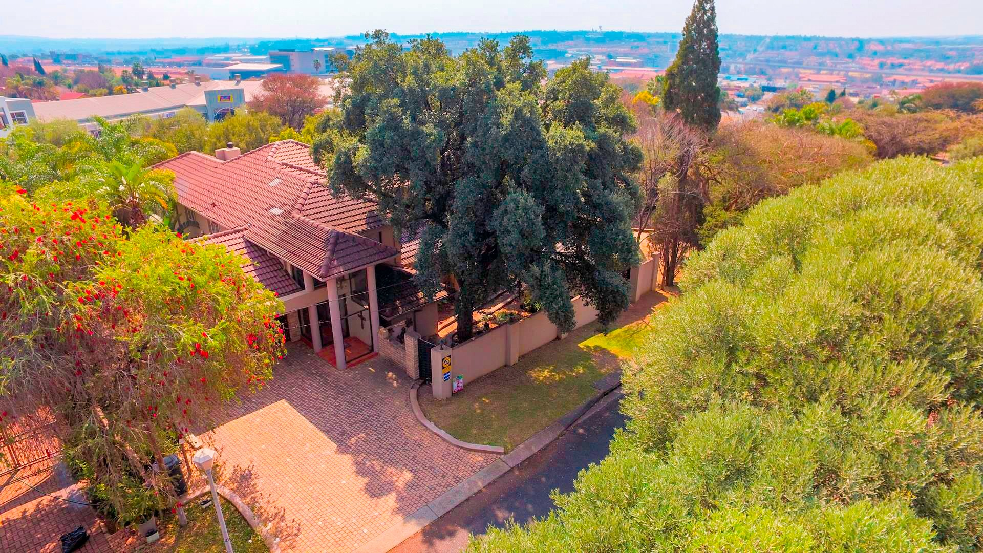 Centurion, Zwartkop Property  | Houses For Sale Zwartkop, Zwartkop, House 4 bedrooms property for sale Price:3,200,000