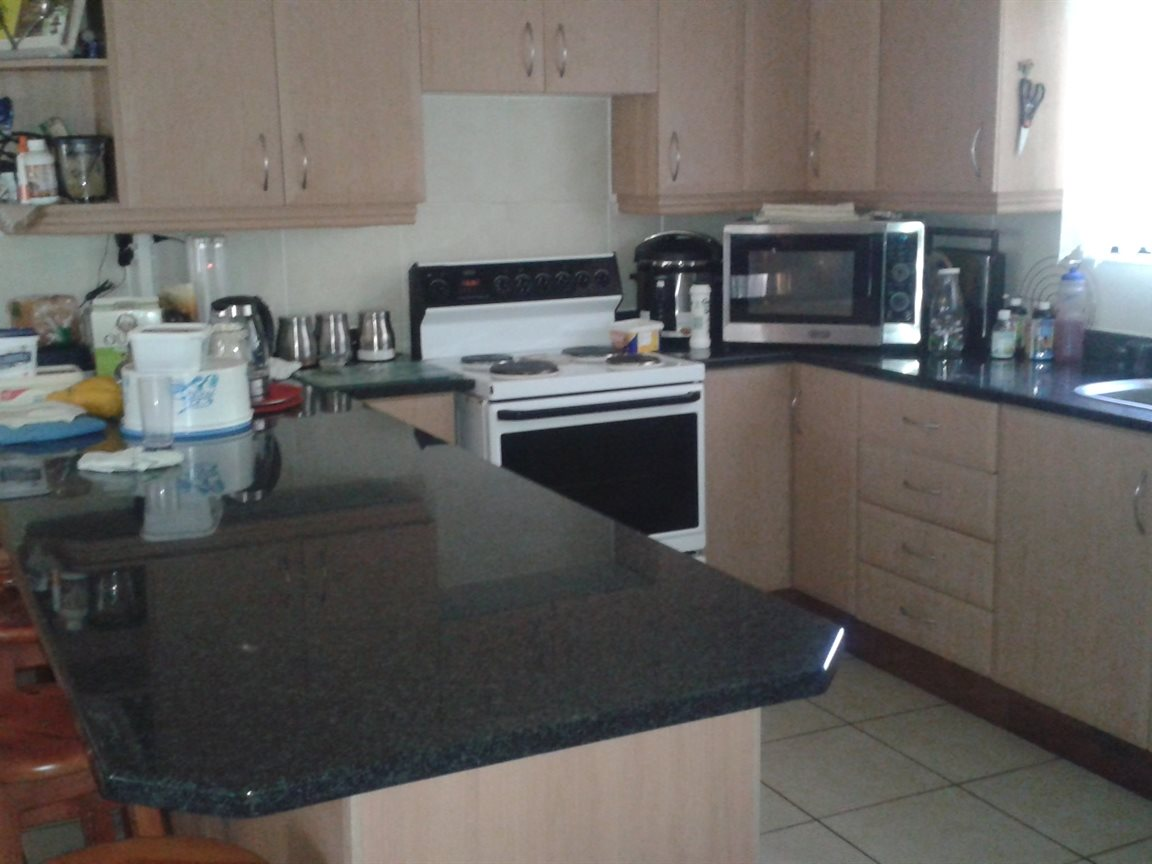Umtentweni property for sale. Ref No: 12796032. Picture no 17