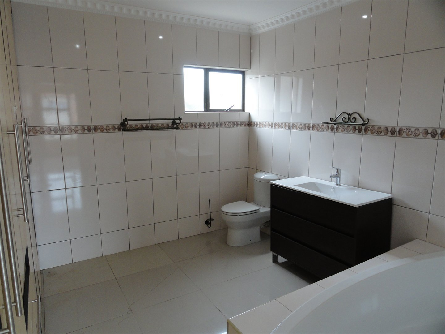 Willow Acres Estate property for sale. Ref No: 13473861. Picture no 23