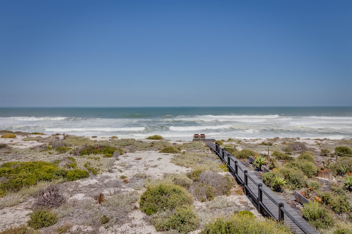 Yzerfontein property for sale. Ref No: 13437276. Picture no 22