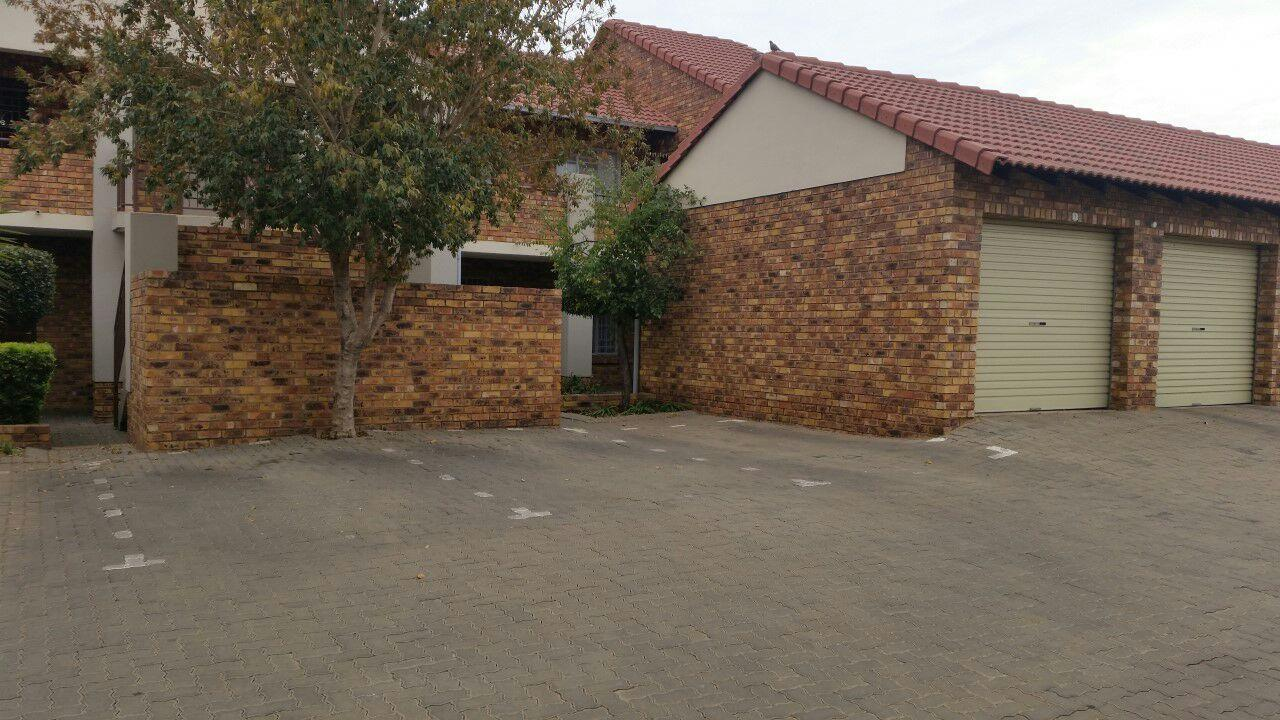 Akasia property for sale. Ref No: 13553054. Picture no 1