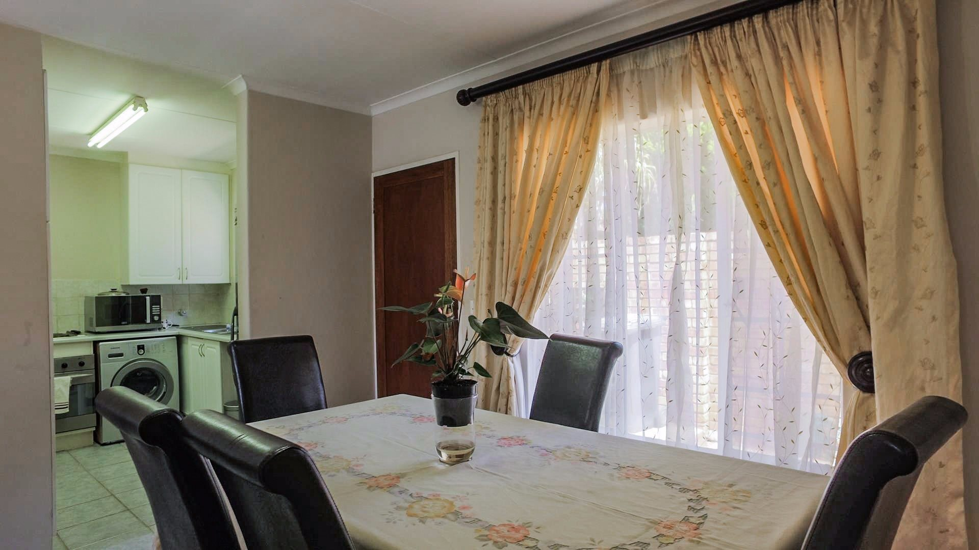 Highveld property for sale. Ref No: 13542050. Picture no 8