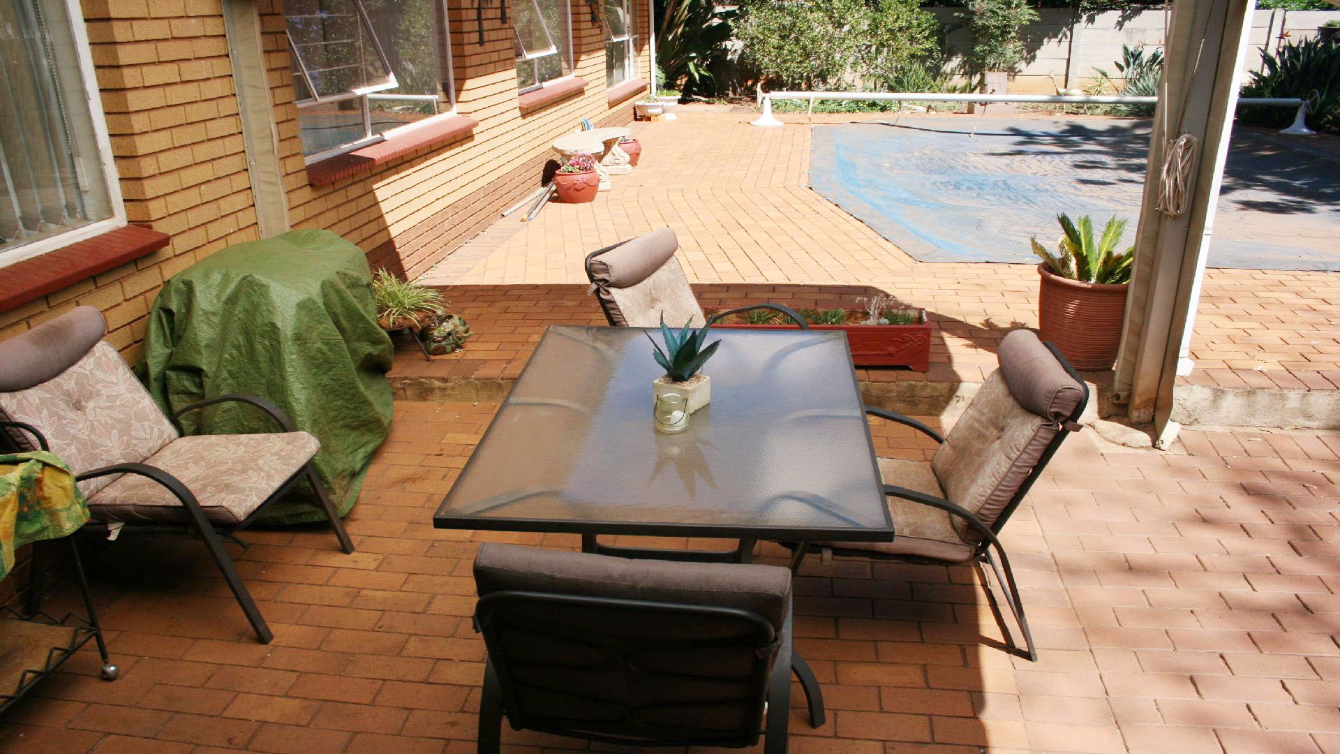 Helikonpark property for sale. Ref No: 13537831. Picture no 25
