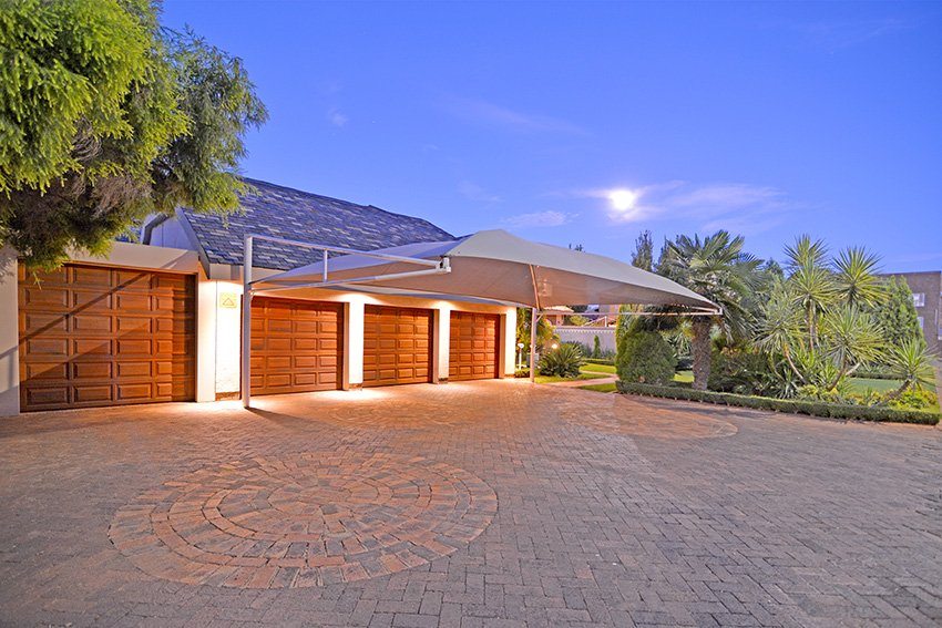 Potchefstroom Central property for sale. Ref No: 13431827. Picture no 3