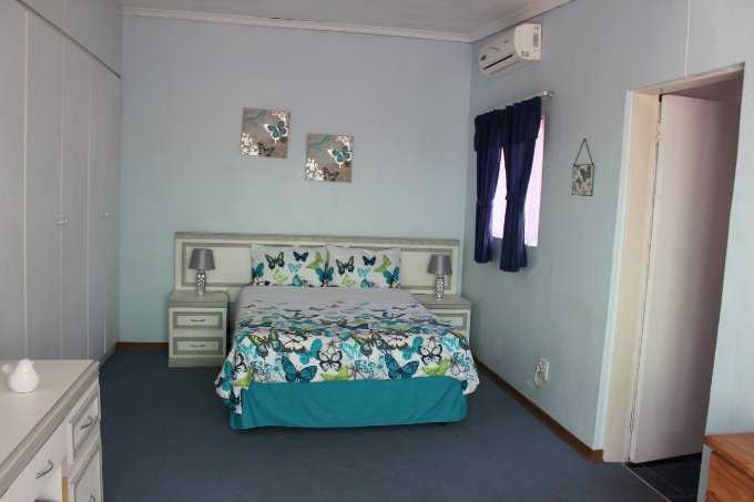Theresapark property for sale. Ref No: 13506747. Picture no 14