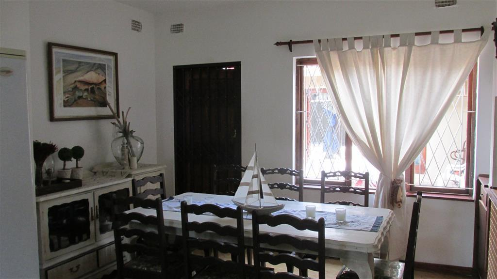 Marina Beach property for sale. Ref No: 13433340. Picture no 10
