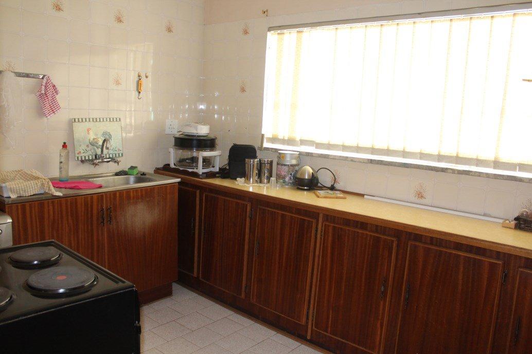 Risiville property for sale. Ref No: 12794959. Picture no 2
