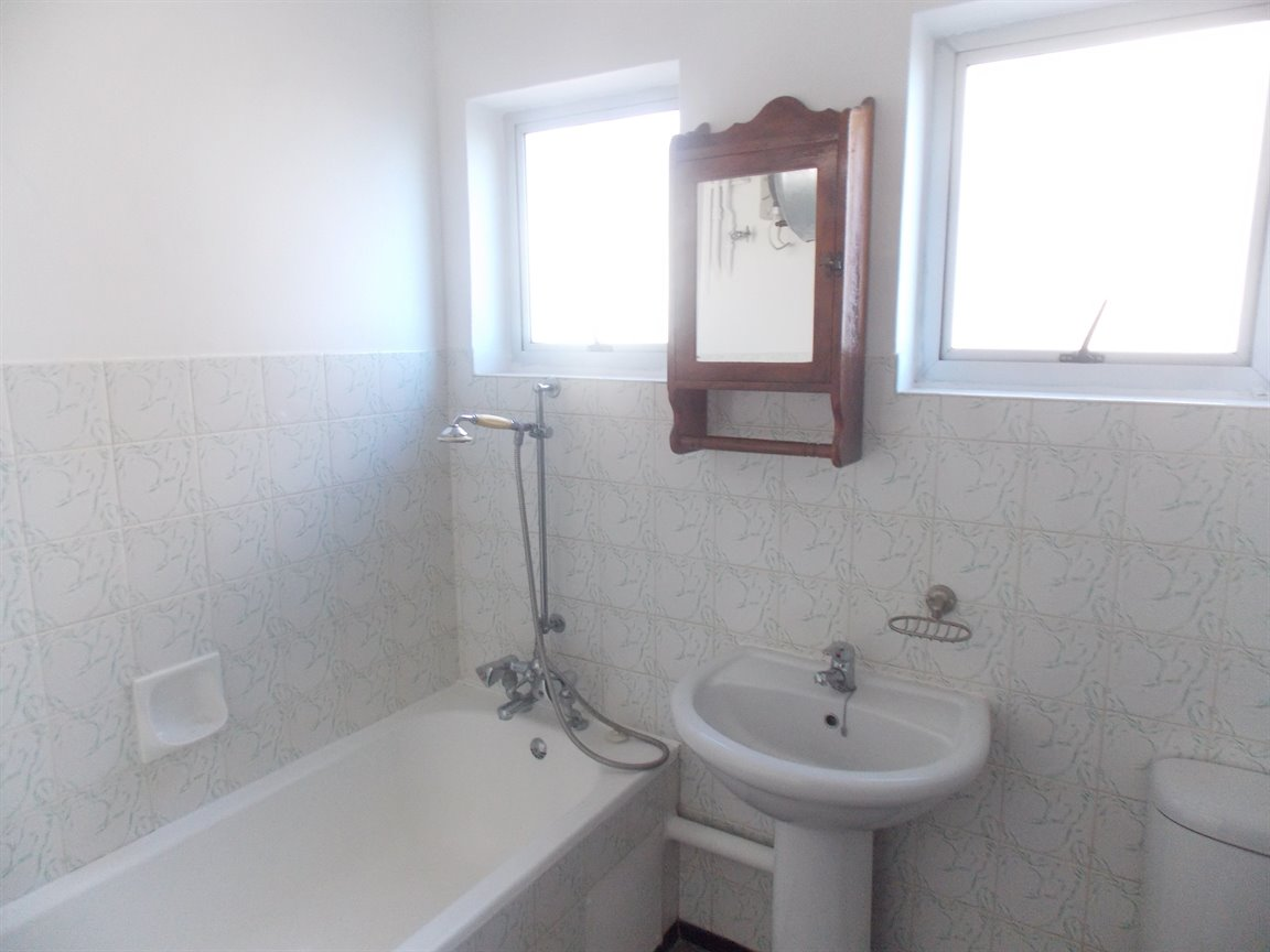 Amanzimtoti property to rent. Ref No: 13396856. Picture no 9