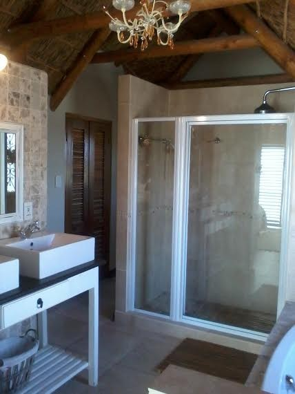 Jacobsbaai property for sale. Ref No: 12731029. Picture no 24
