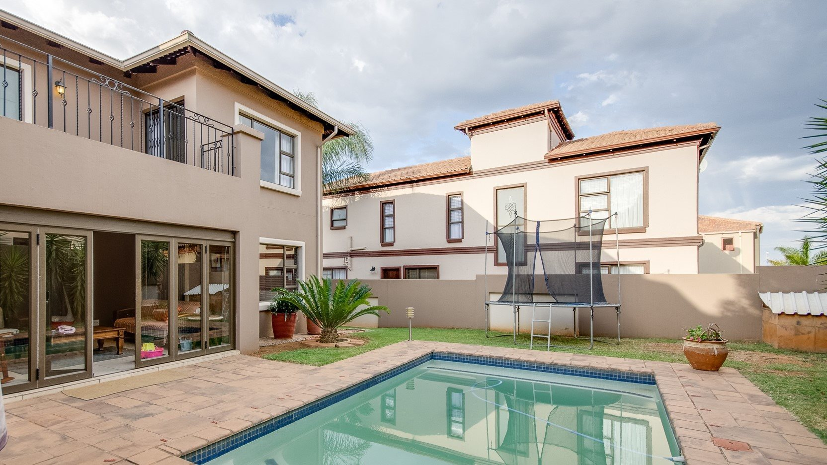 Roodepoort, Honeydew Ridge Property  | Houses For Sale Honeydew Ridge, Honeydew Ridge, House 3 bedrooms property for sale Price:2,595,000