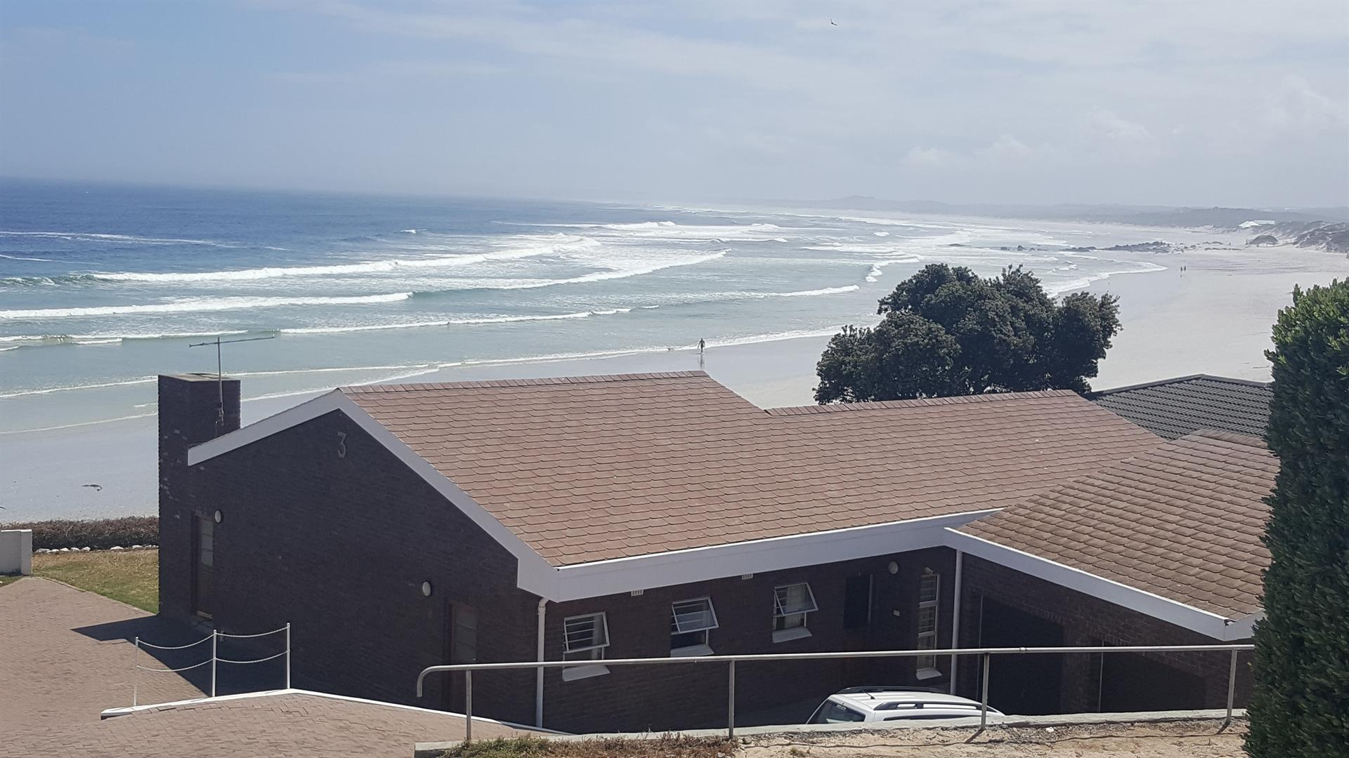 Yzerfontein property for sale. Ref No: 13454155. Picture no 6