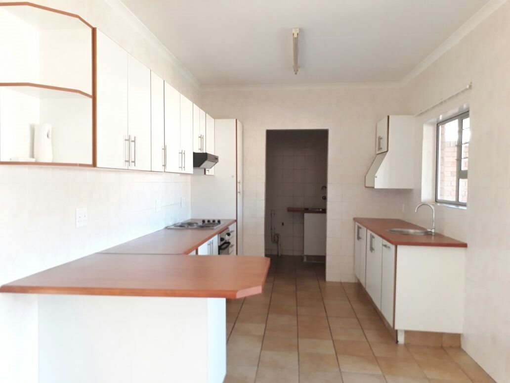 Arboretum property to rent. Ref No: 13498930. Picture no 4