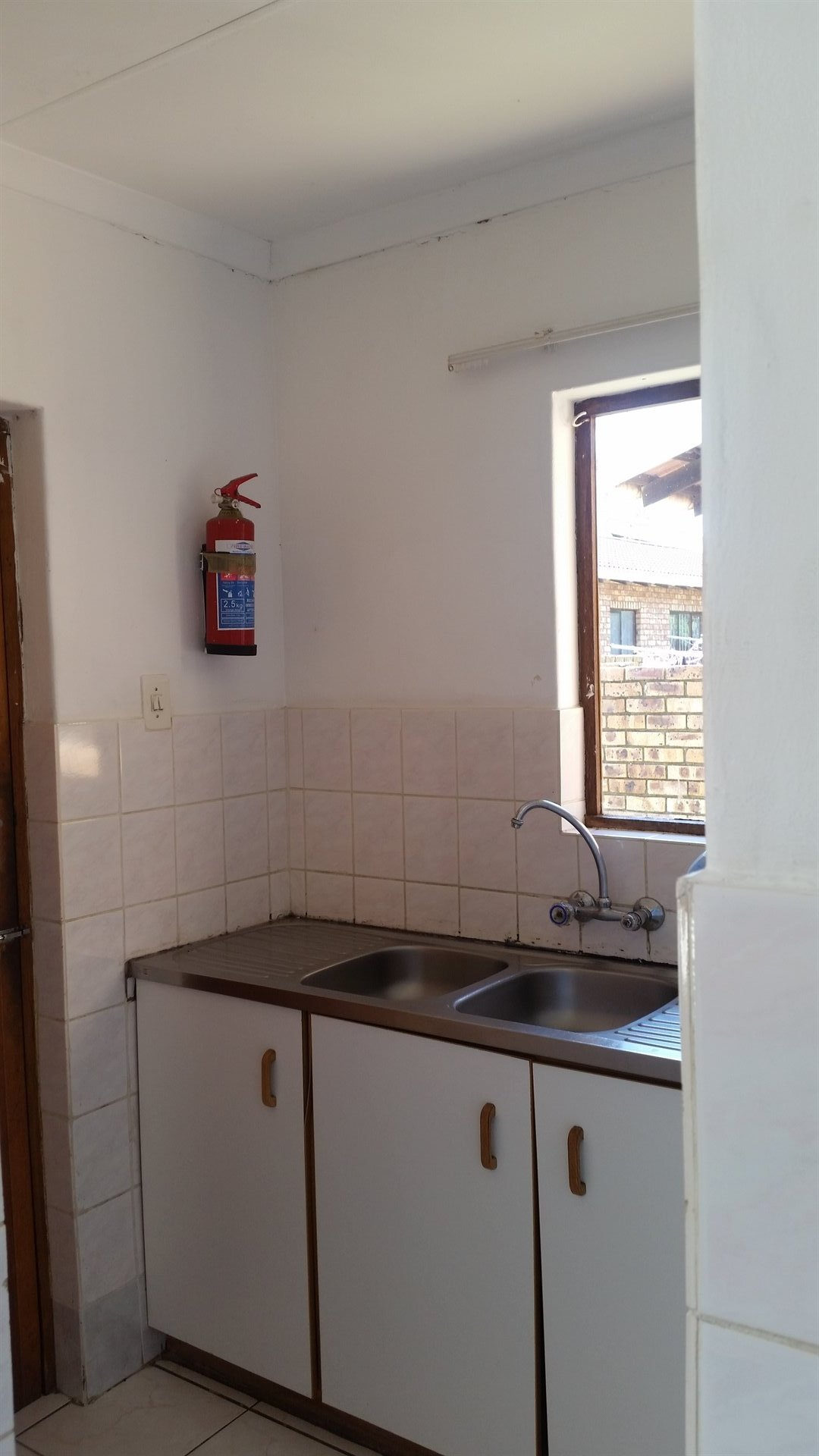 Birdswood property to rent. Ref No: 13469800. Picture no 9