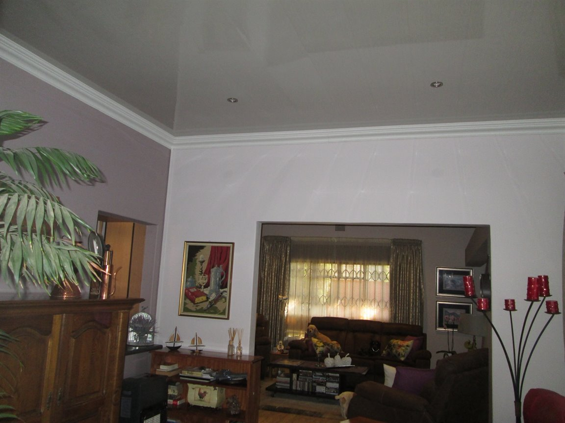 Lyttelton Manor property for sale. Ref No: 13398782. Picture no 8