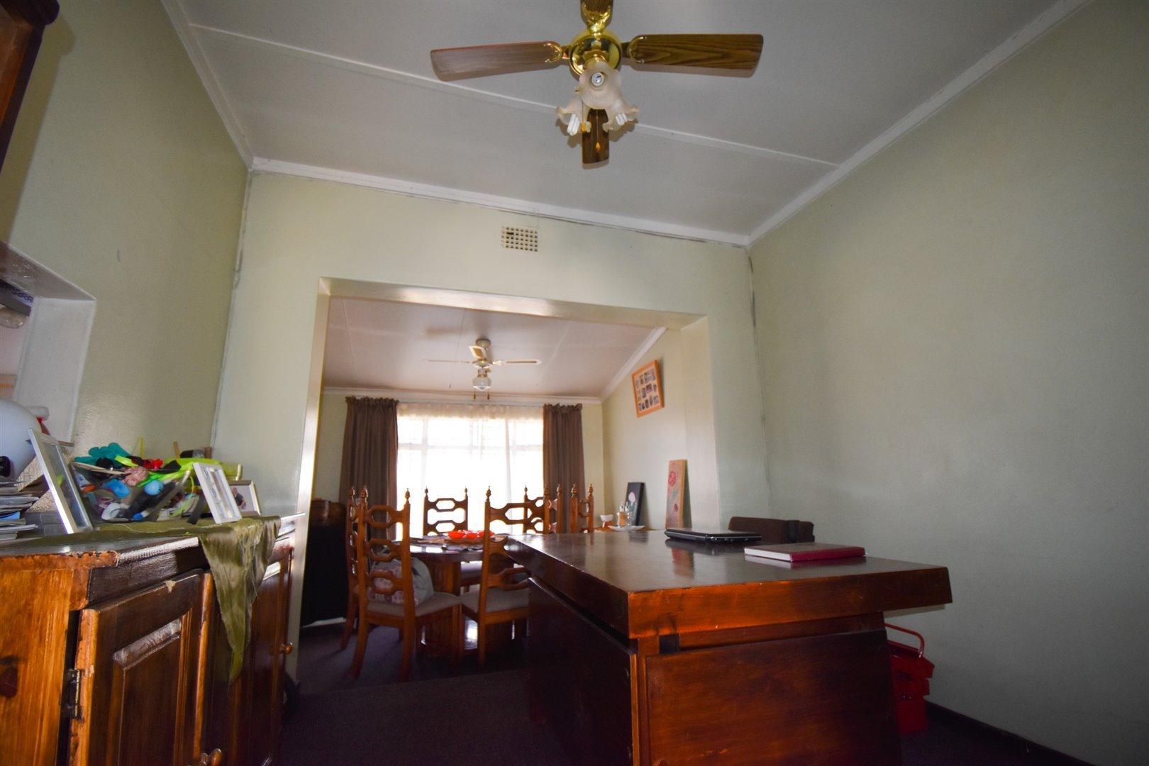Duncanville property for sale. Ref No: 13520916. Picture no 4