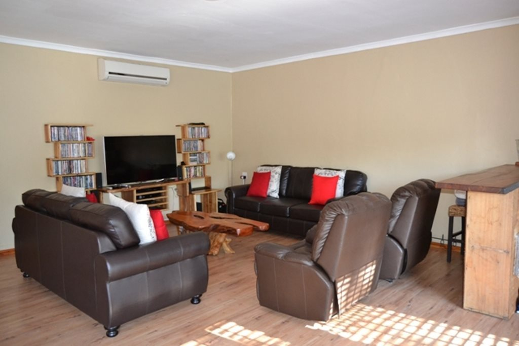 Ceres property for sale. Ref No: 13503997. Picture no 3