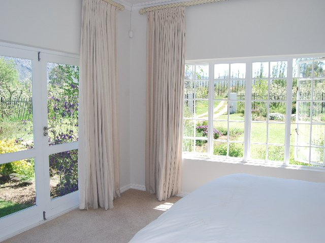 Prince Alfred Hamlet property for sale. Ref No: 13271081. Picture no 40