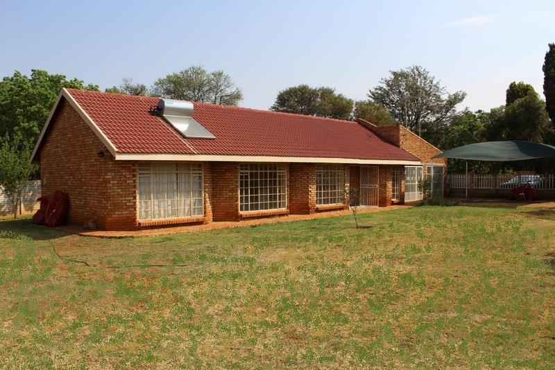 Potchefstroom, Kannoniers Park Property  | Houses For Sale Kannoniers Park, Kannoniers Park, House 7 bedrooms property for sale Price:1,350,000
