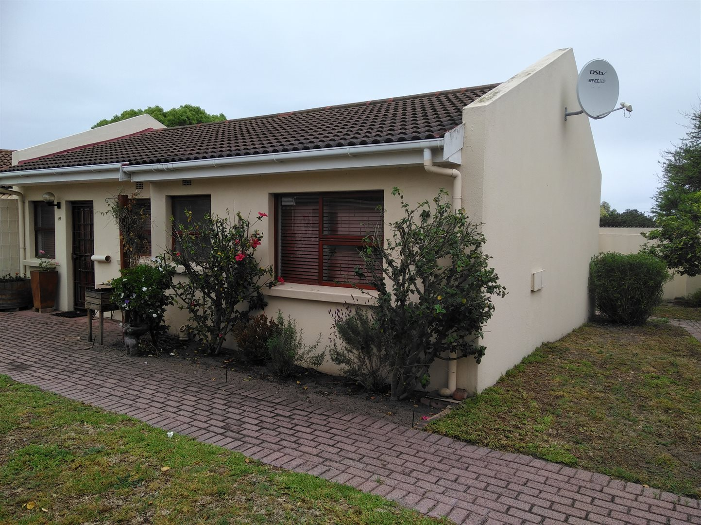 Amandelsig property for sale. Ref No: 13562688. Picture no 2