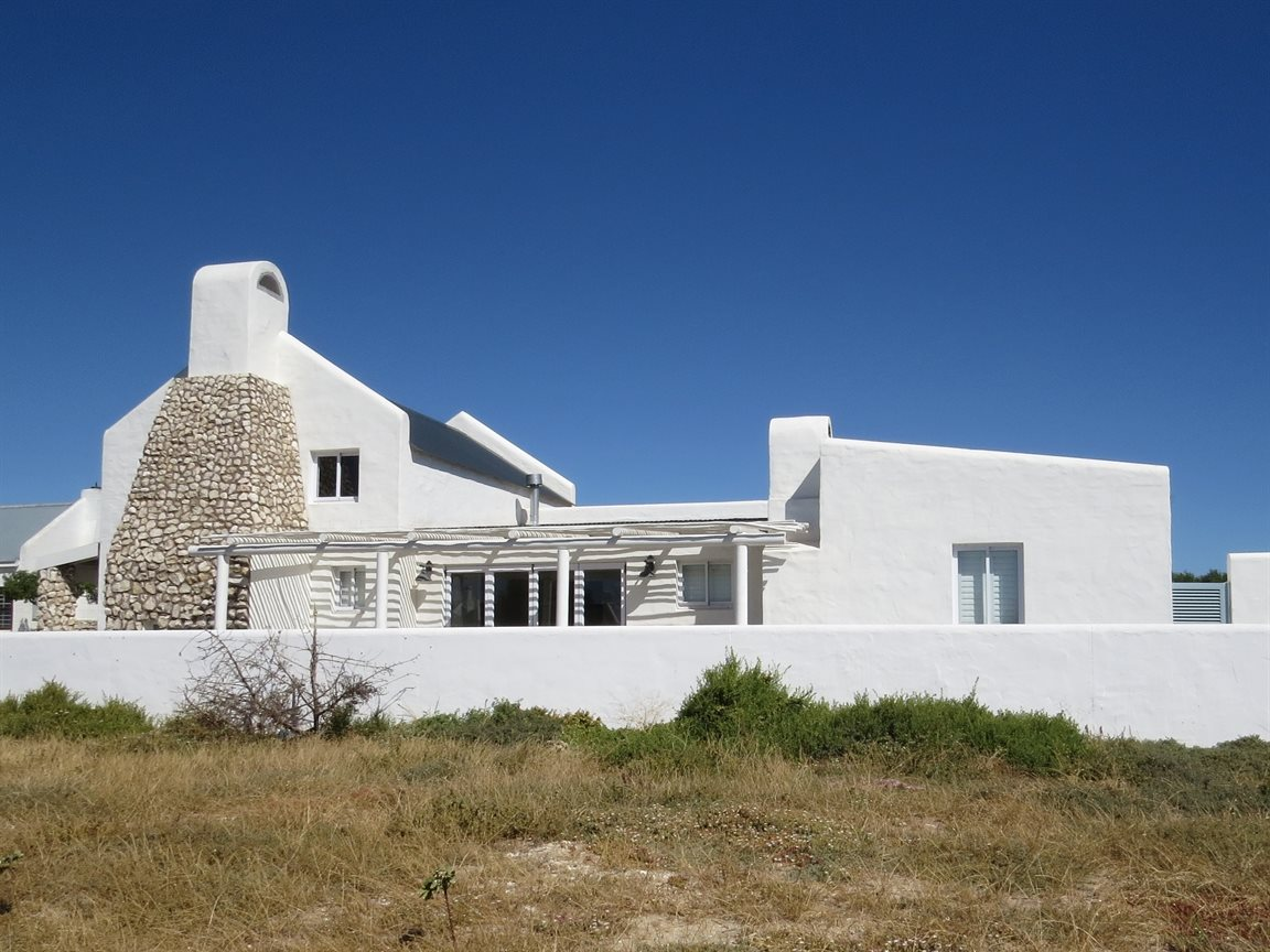 Property and Houses for sale in Paternoster, House, 4 Bedrooms - ZAR 2,800,000