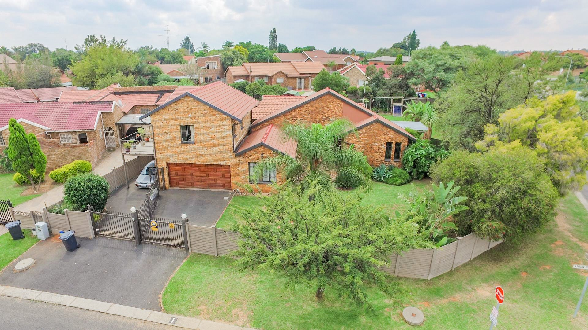 Centurion, The Reeds Property  | Houses For Sale The Reeds, The Reeds, House 4 bedrooms property for sale Price:1,670,000