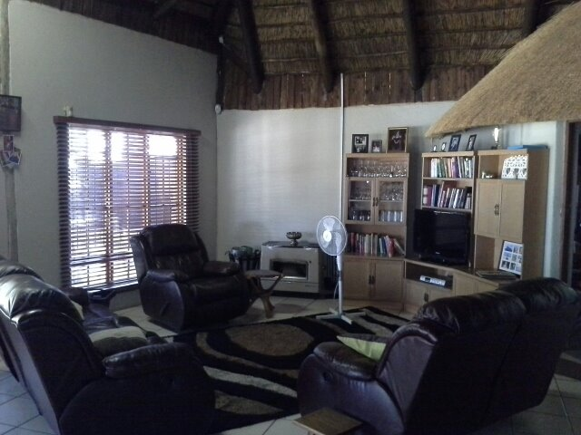 Houtkop A H property for sale. Ref No: 13286777. Picture no 5