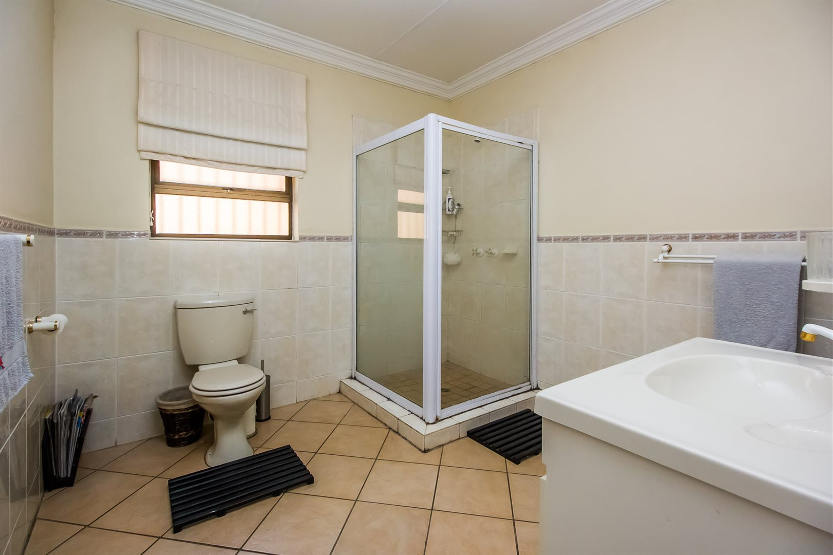 Waterkloof Heights property for sale. Ref No: 13538019. Picture no 15