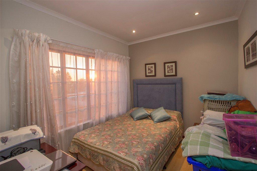 Craigavon property for sale. Ref No: 13257681. Picture no 14