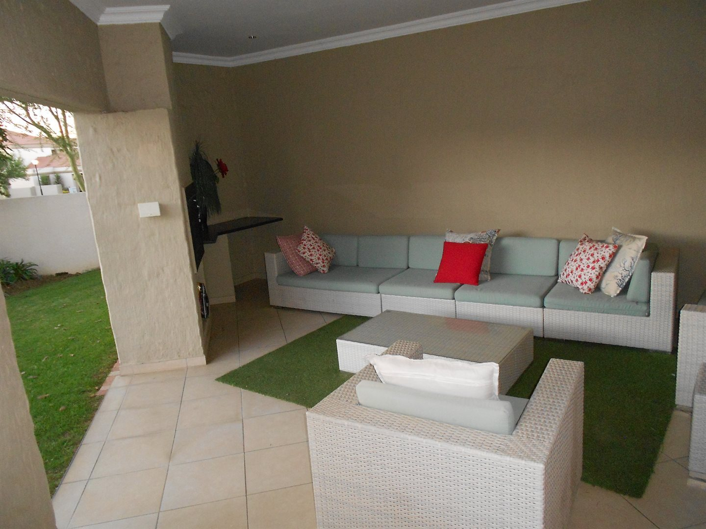 Valley View Estate property for sale. Ref No: 13543332. Picture no 2