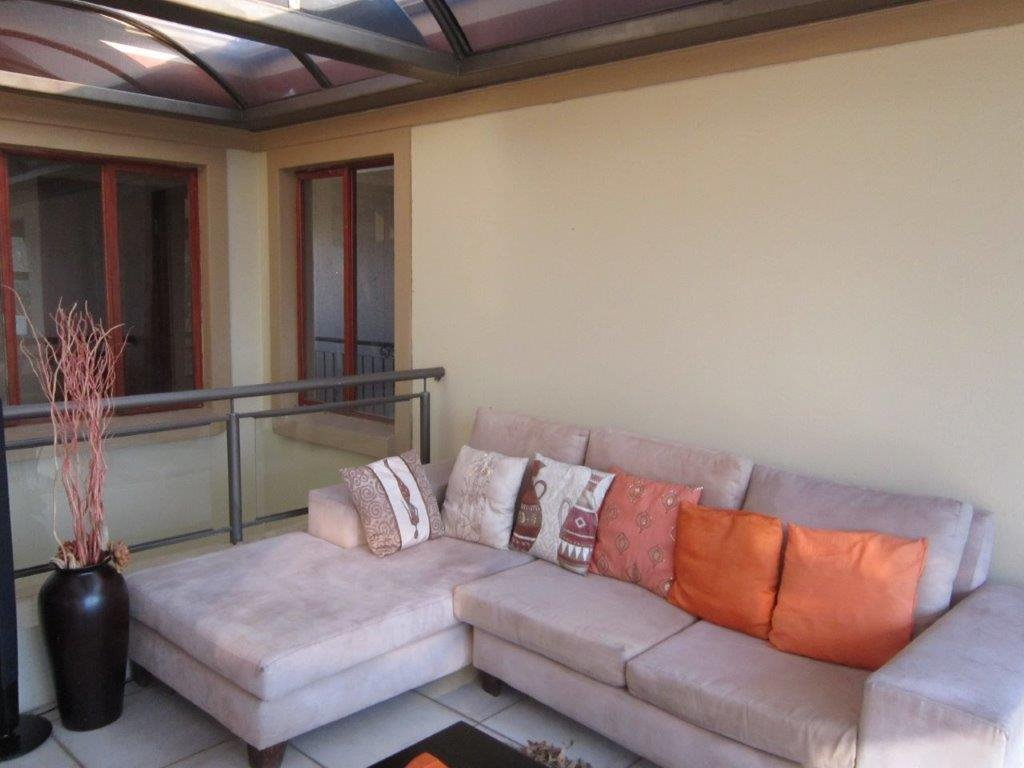 Blue Valley Golf Estate property for sale. Ref No: 13345353. Picture no 14