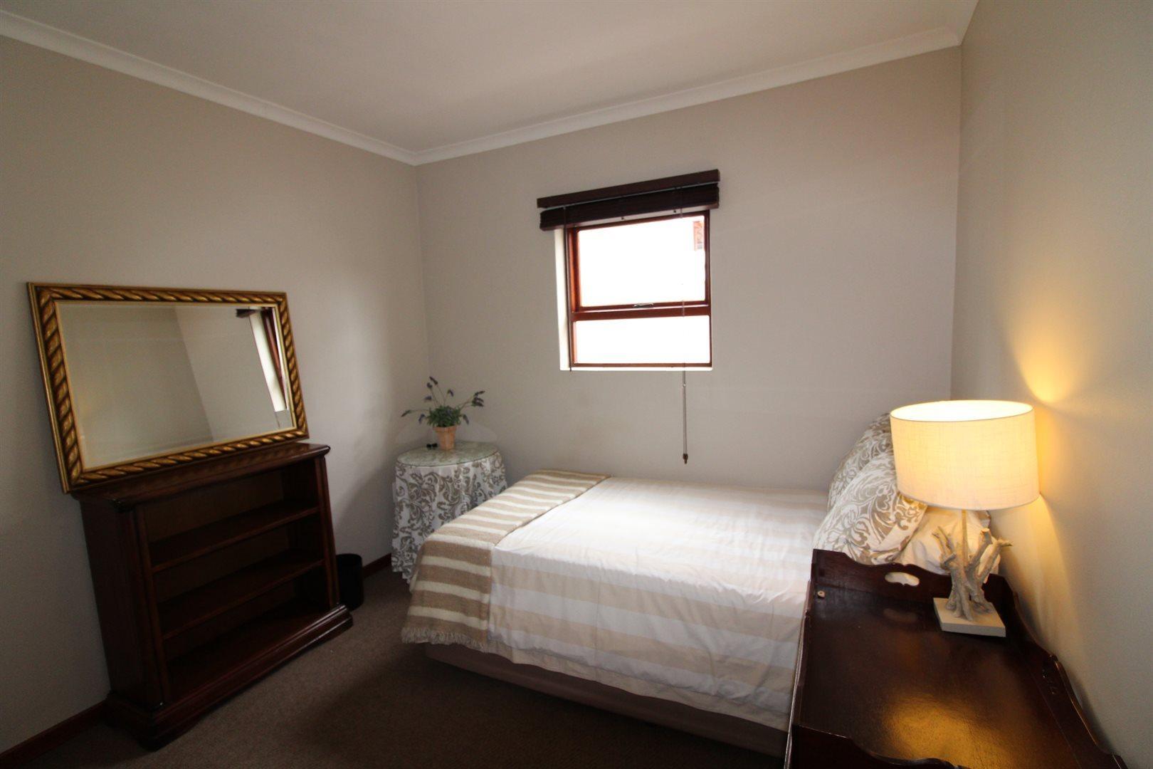 Bryanston property for sale. Ref No: 13551237. Picture no 21