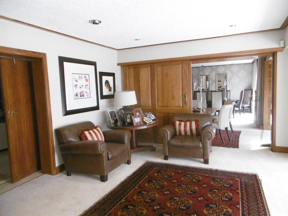 Bryanston property for sale. Ref No: 13389969. Picture no 16