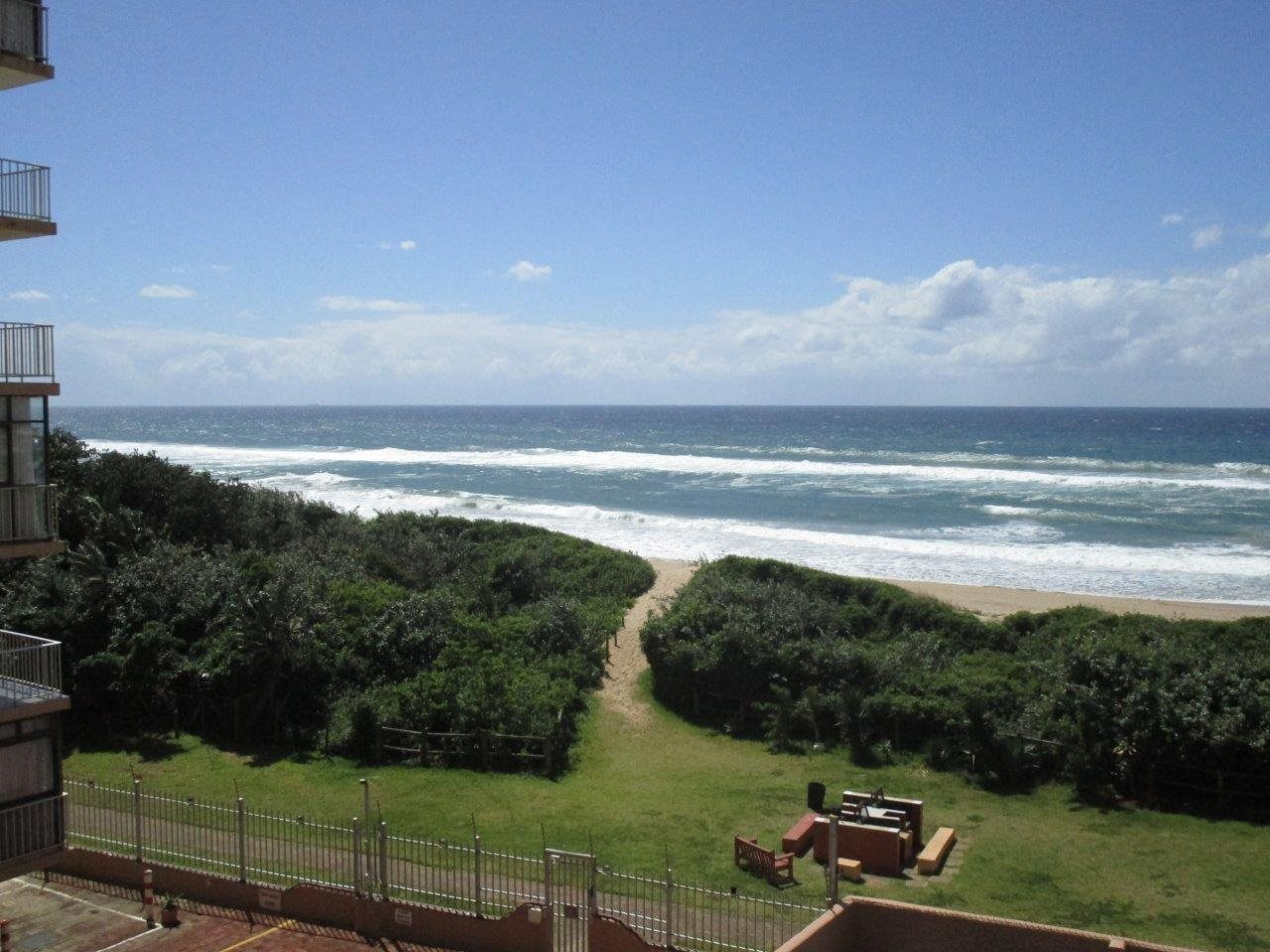 Amanzimtoti property for sale. Ref No: 13553649. Picture no 16