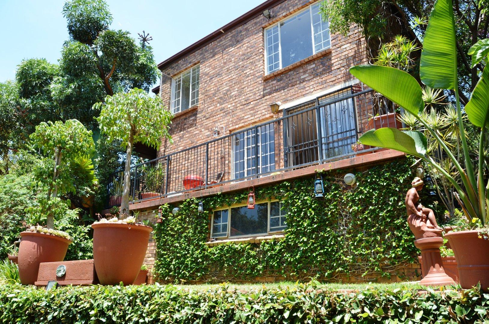 Pretoria, Val De Grace Property  | Houses For Sale Val De Grace, Val De Grace, Townhouse 3 bedrooms property for sale Price:1,585,000