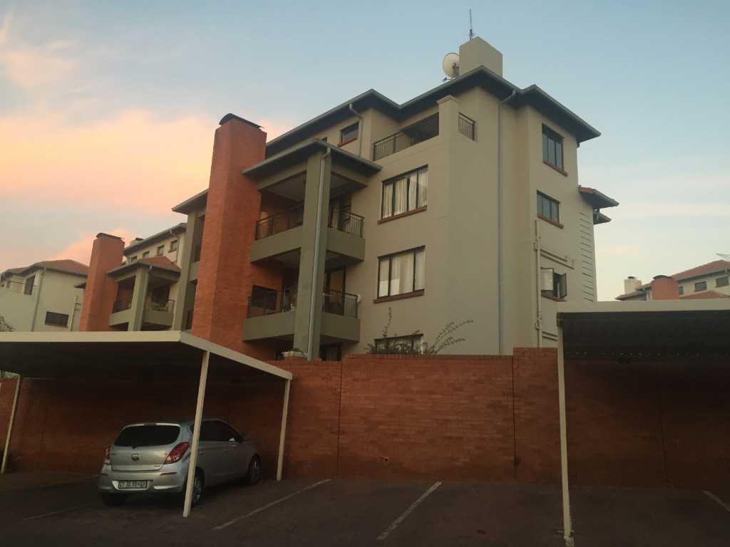 Germiston, Solheim Property    Houses For Sale Solheim, Solheim, Apartment 3 bedrooms property for sale Price:1,400,000