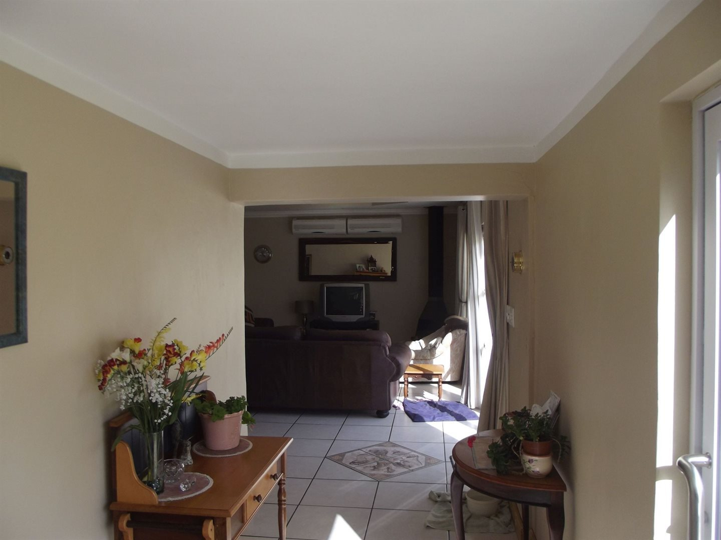 Worcester property for sale. Ref No: 13263357. Picture no 6