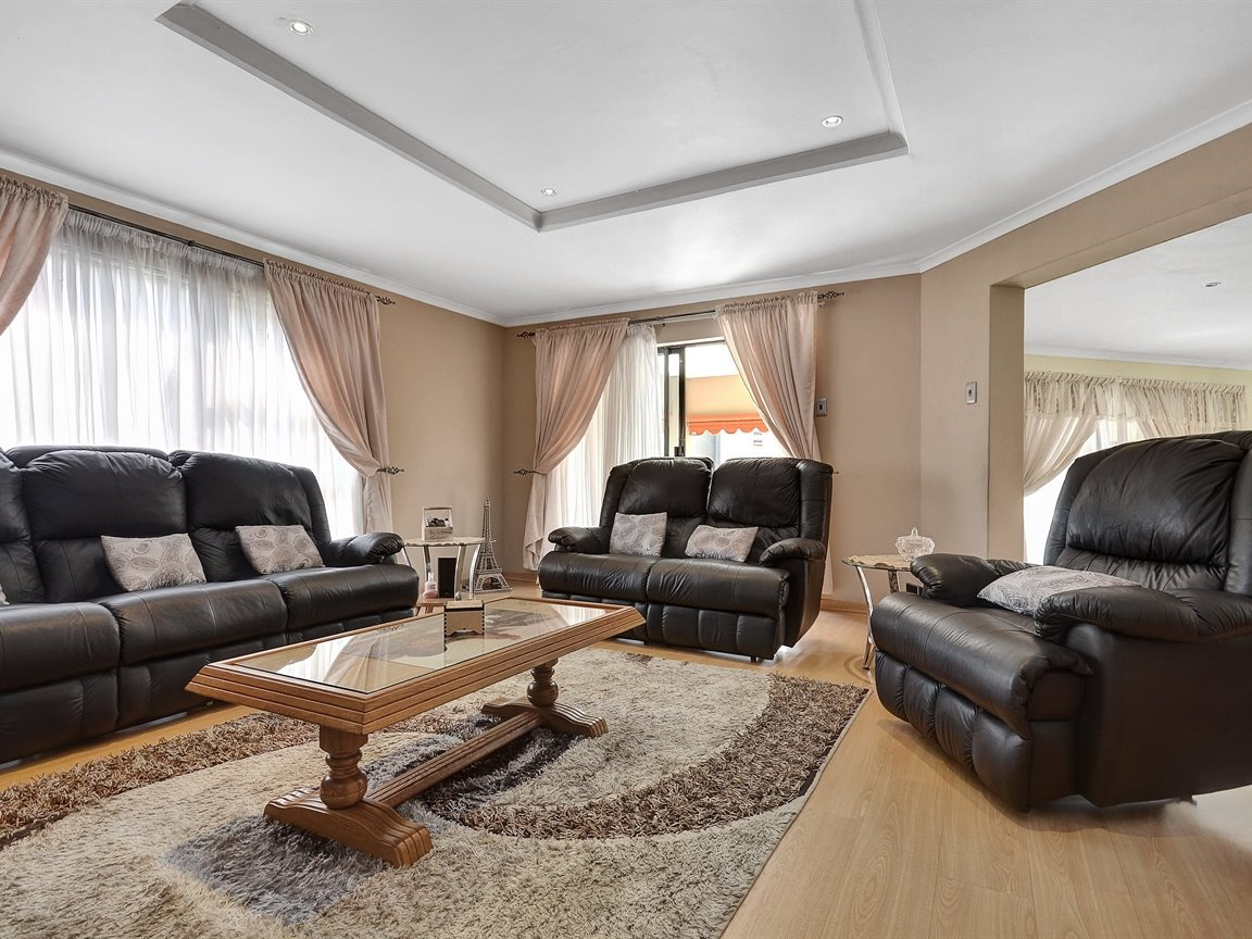 Meyersdal property for sale. Ref No: 13398818. Picture no 8