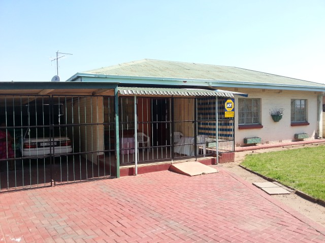 Vereeniging, Leeuhof Property  | Houses For Sale Leeuhof, Leeuhof, House 3 bedrooms property for sale Price:711,000