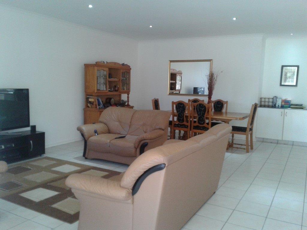 Umtentweni property for sale. Ref No: 13328457. Picture no 1