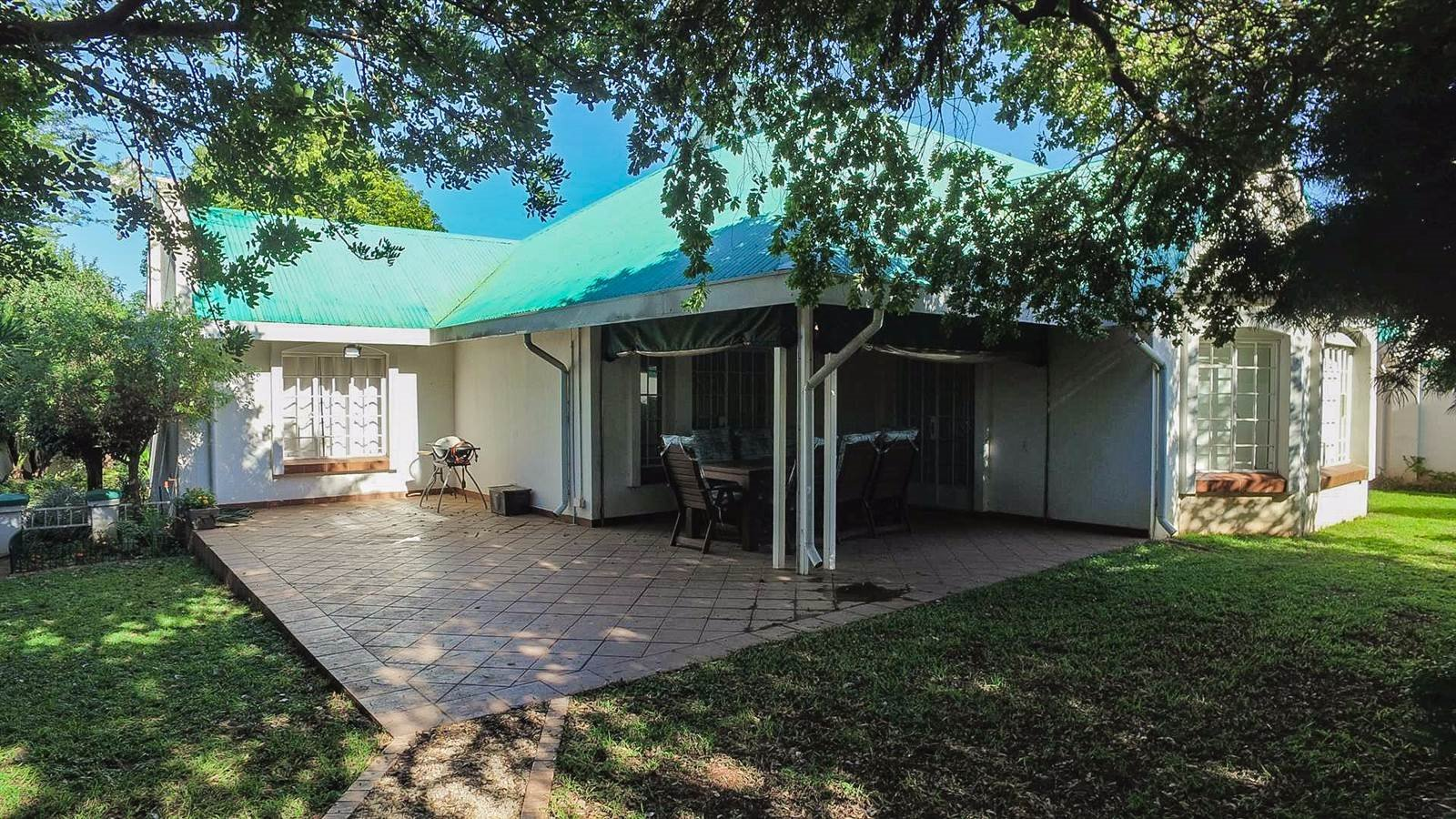 Centurion, Die Hoewes Property  | Houses For Sale Die Hoewes, Die Hoewes, Townhouse 3 bedrooms property for sale Price:1,850,000