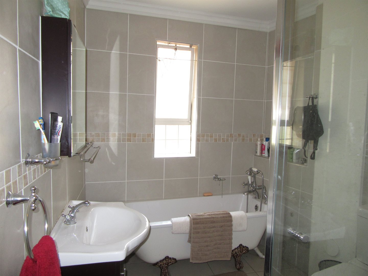 Bryanston East property for sale. Ref No: 13533607. Picture no 3