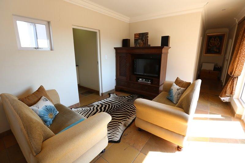 Midstream Estate property for sale. Ref No: 13254174. Picture no 17