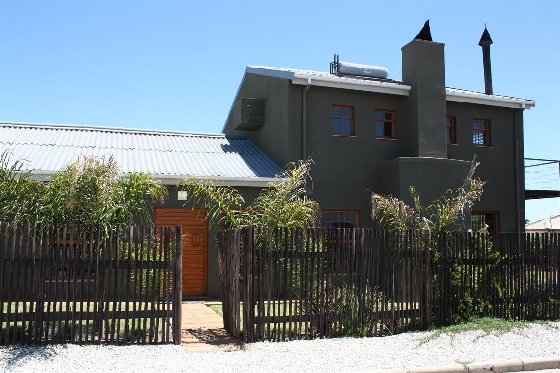 Lamberts Bay property for sale. Ref No: 13425012. Picture no 1