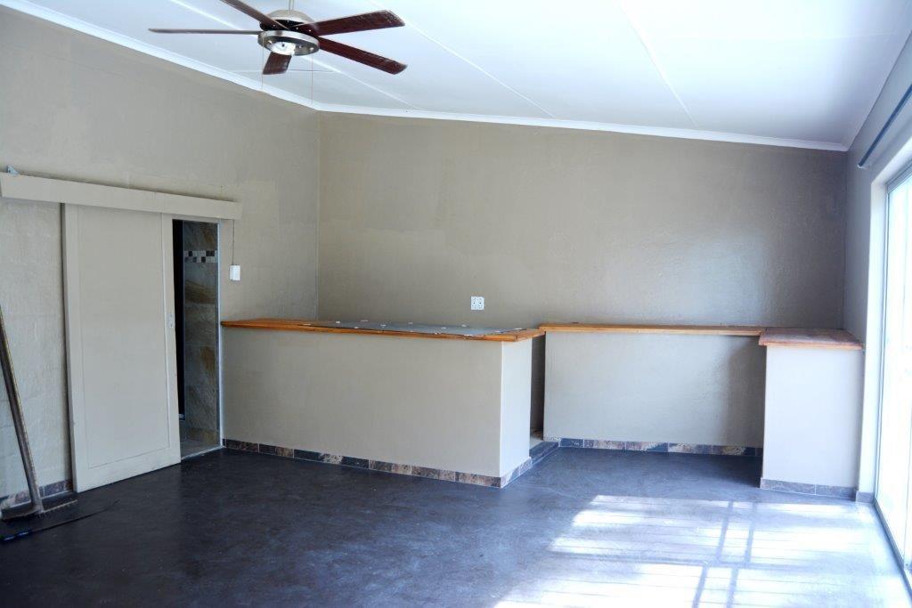 Pumula property for sale. Ref No: 13327329. Picture no 12